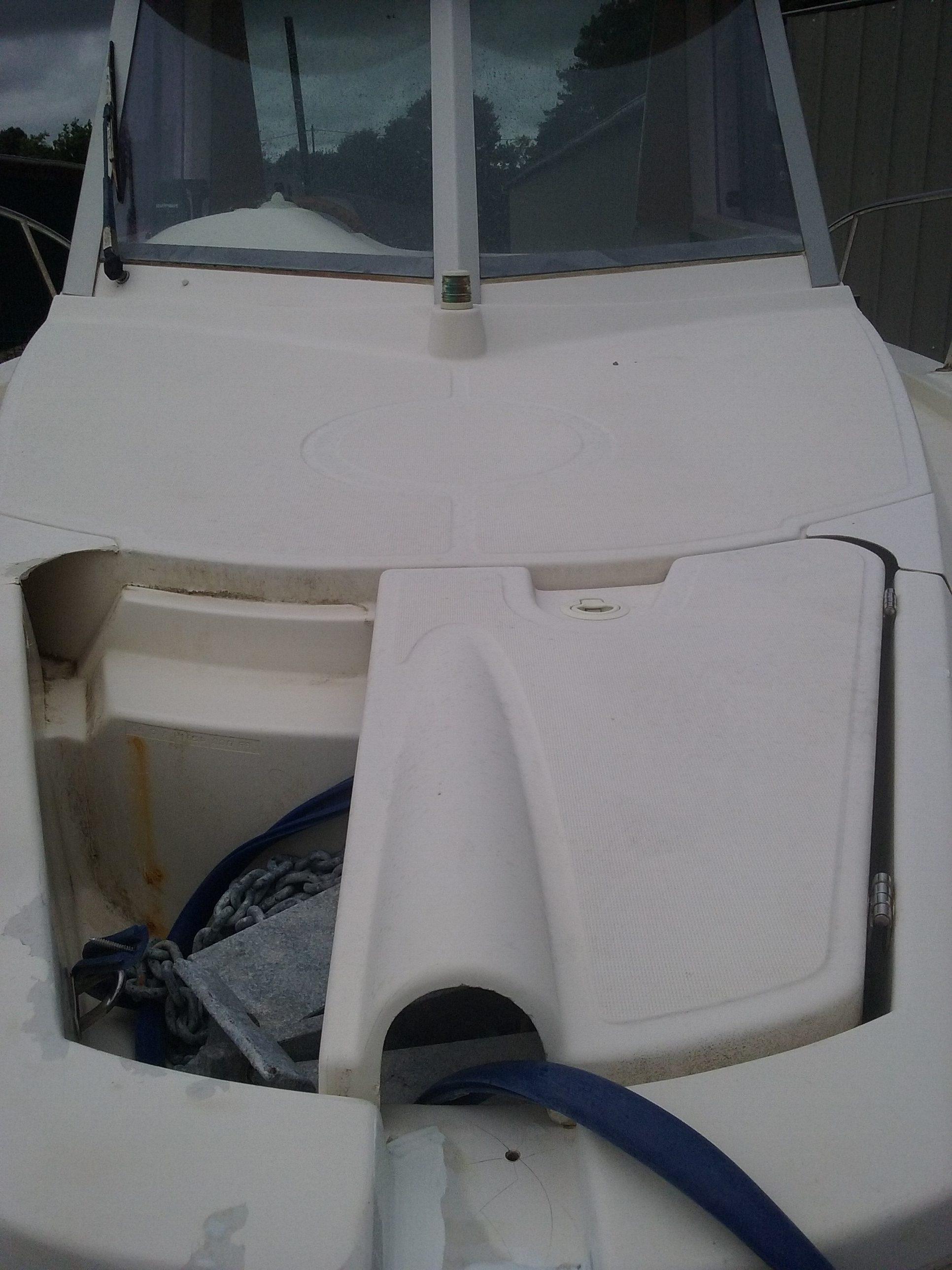 Capot tribord pour baille à mouillage